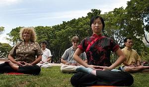 Tĩnh tọa giúp tăng cường khả năng suy nghĩ (Getty Images)