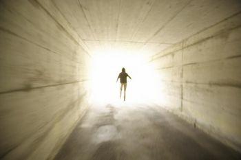 Liệu khoa học có thể cho thấy bằng chứng về sự tồn tại của linh hồn hay không? (Photos.com)